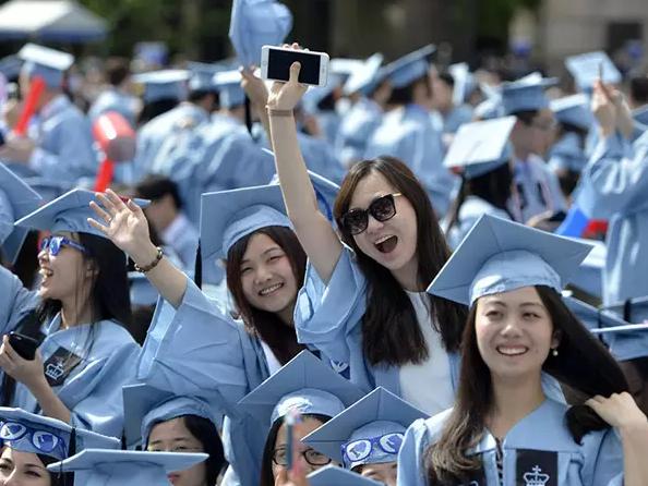 中国留学生如何改变美国社会?