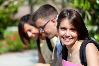 高考不理想  就出国混留学吗