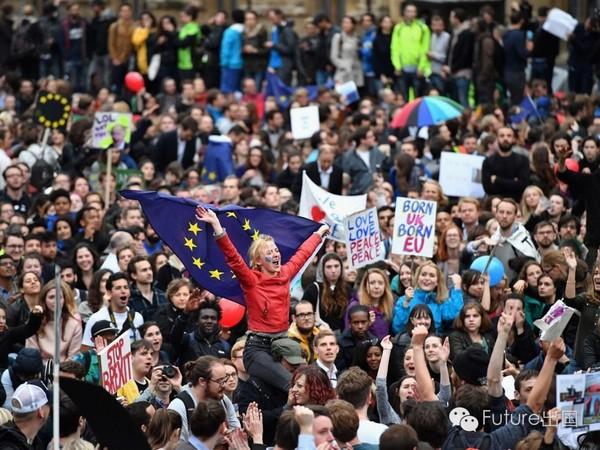 英国脱欧消极影响蔓延至学生考试