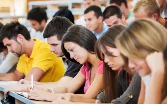 美国大学入学考试知多少