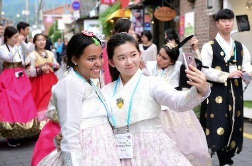 13个国家旅游专业学生齐聚韩国 他们要干什么思密达