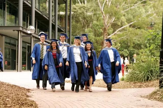 985、211毕业的学生申请留学真的有特殊待遇吗?