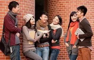 留学生表示:选择出国留学 也愿回国就业