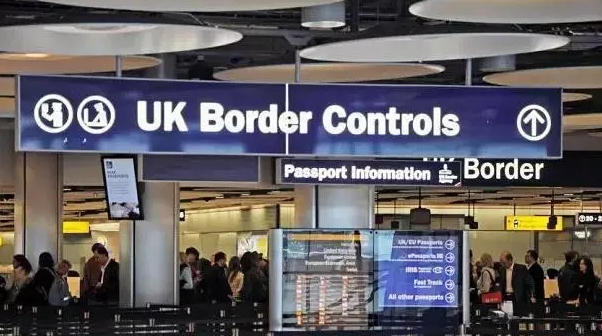 英国留学入境攻略 语言不通的爸妈也受用