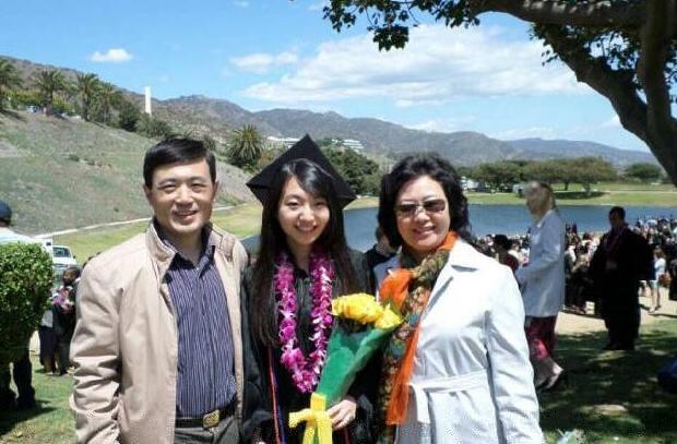 塔夫斯大学硕博offer录取 这样的中国女孩才叫传奇
