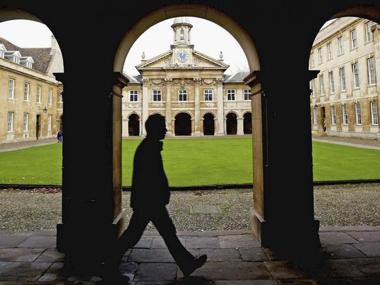 英国招生专家放大招 教你轻松应对牛津剑桥入学考试