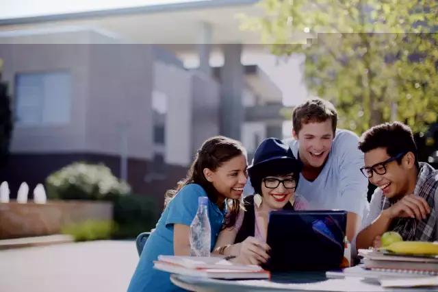低龄留学生的社交问题 这种打开方式你喜欢?