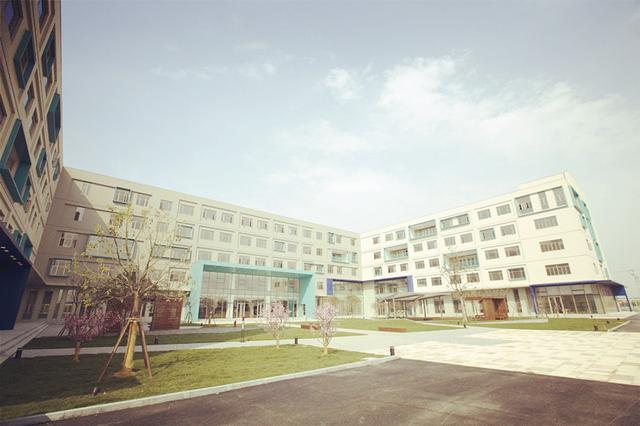 上海国际学校学费贵出天际 到底贵在哪儿