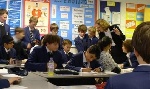 """英国留学训练你安身立命的技能:""""说""""和""""写"""""""