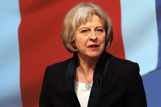 """移民居高不下 英首相继续""""打压""""留学生"""