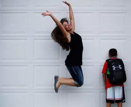 一到开学季 国外的家长就笑疯了