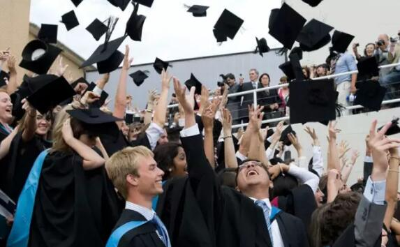 英国大学10大热门专业的Alevel相关科目盘点