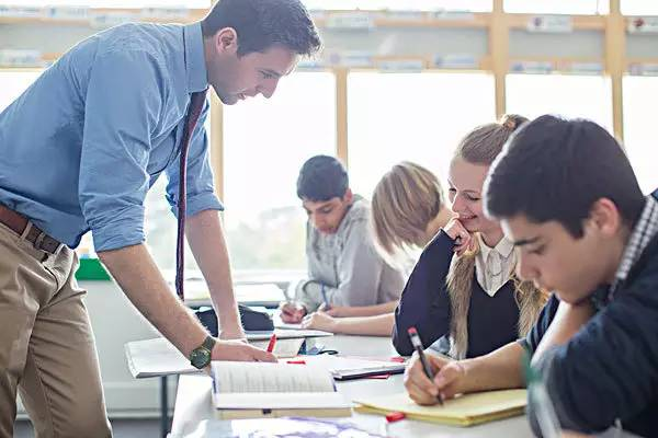中加枫华国际学校:申请美国常青藤 有个性的学生更出挑