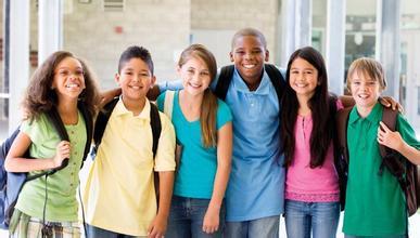 美国高中留学选择走读还是寄宿?