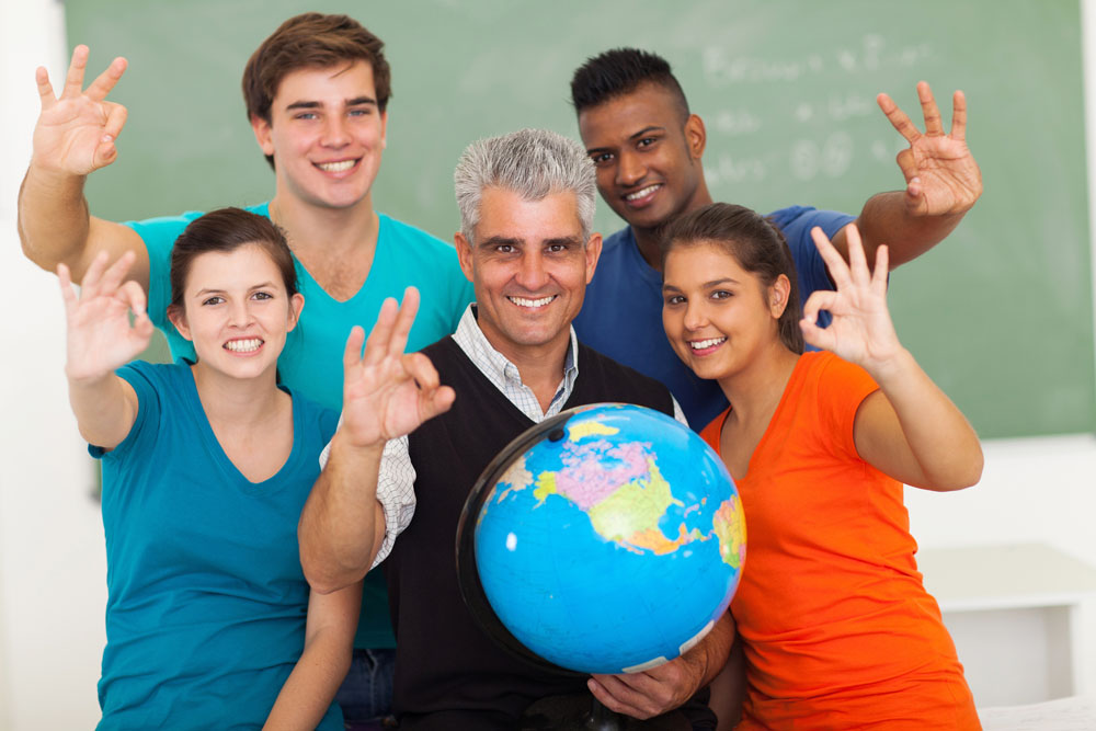 各国留学新政频出 申请难度加大