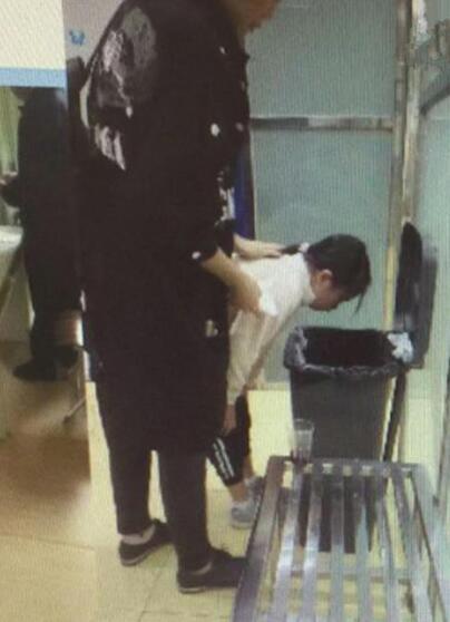 深圳一学校22名学生腹痛呕吐 国际学校食品安全危机?