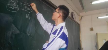 17岁男孩被牛津录取 是什么让他轻松进入名校?