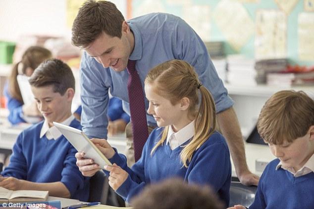 国外老师晒幸福 被学生暖心小事打动