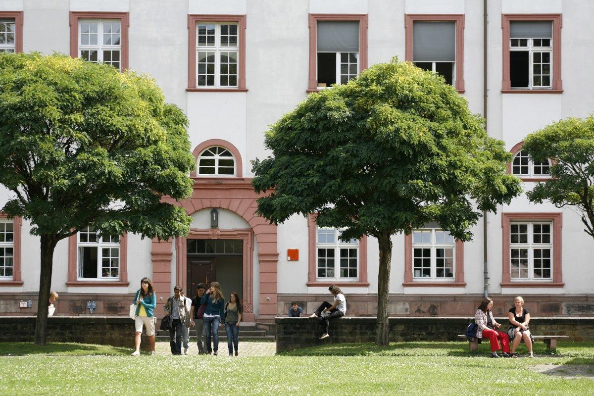 消息:澳洲大学满员 入学要求有变
