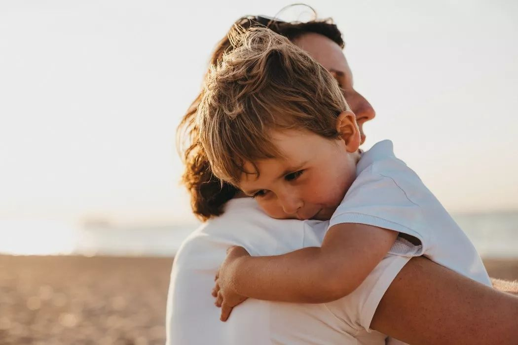 """""""包办""""和""""溺爱""""最终只会断送孩子的一生"""