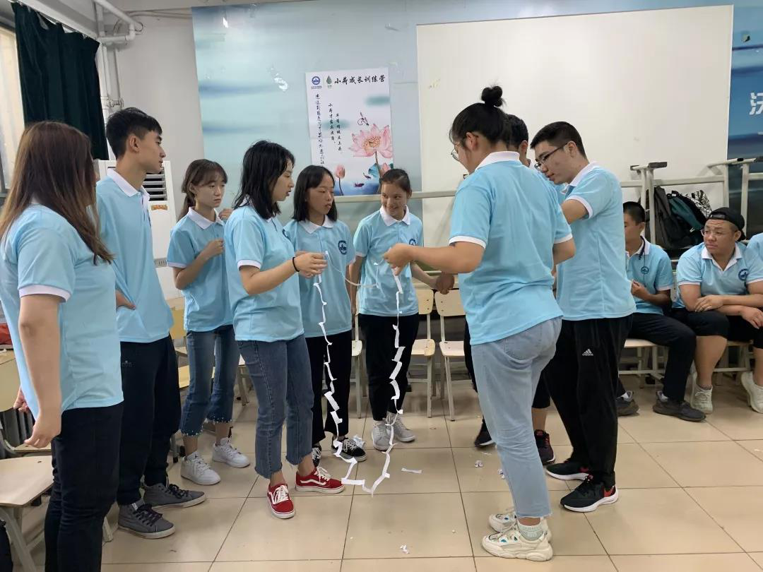 北京吉利学院2019级新生小荷成长训练营开营