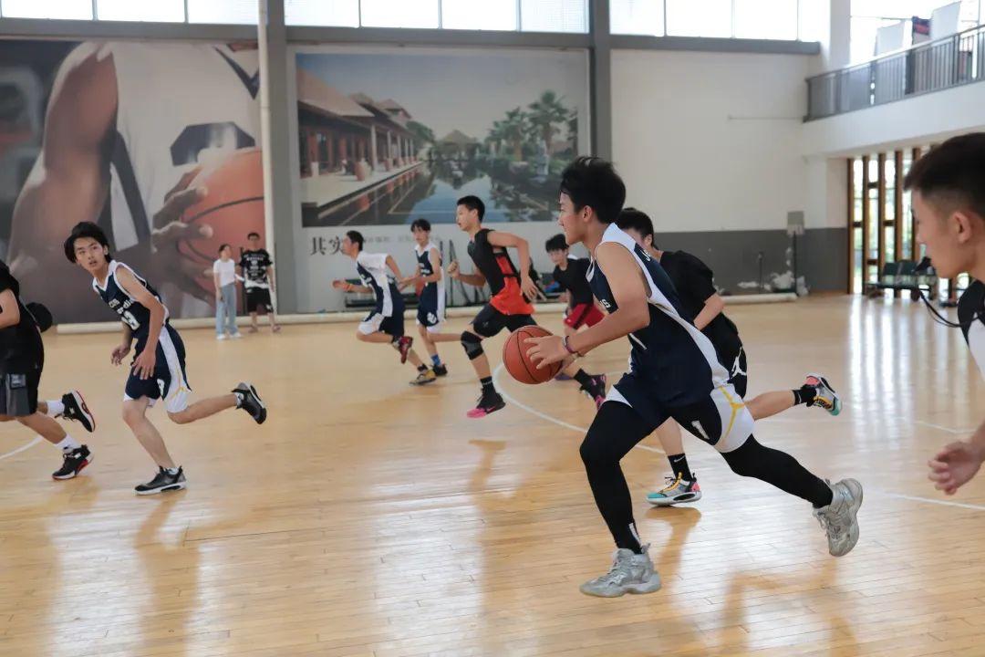 CCIS快讯丨篮球友谊赛  Basketball Game