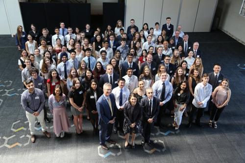 澳高考放榜 华裔状元占比惊人